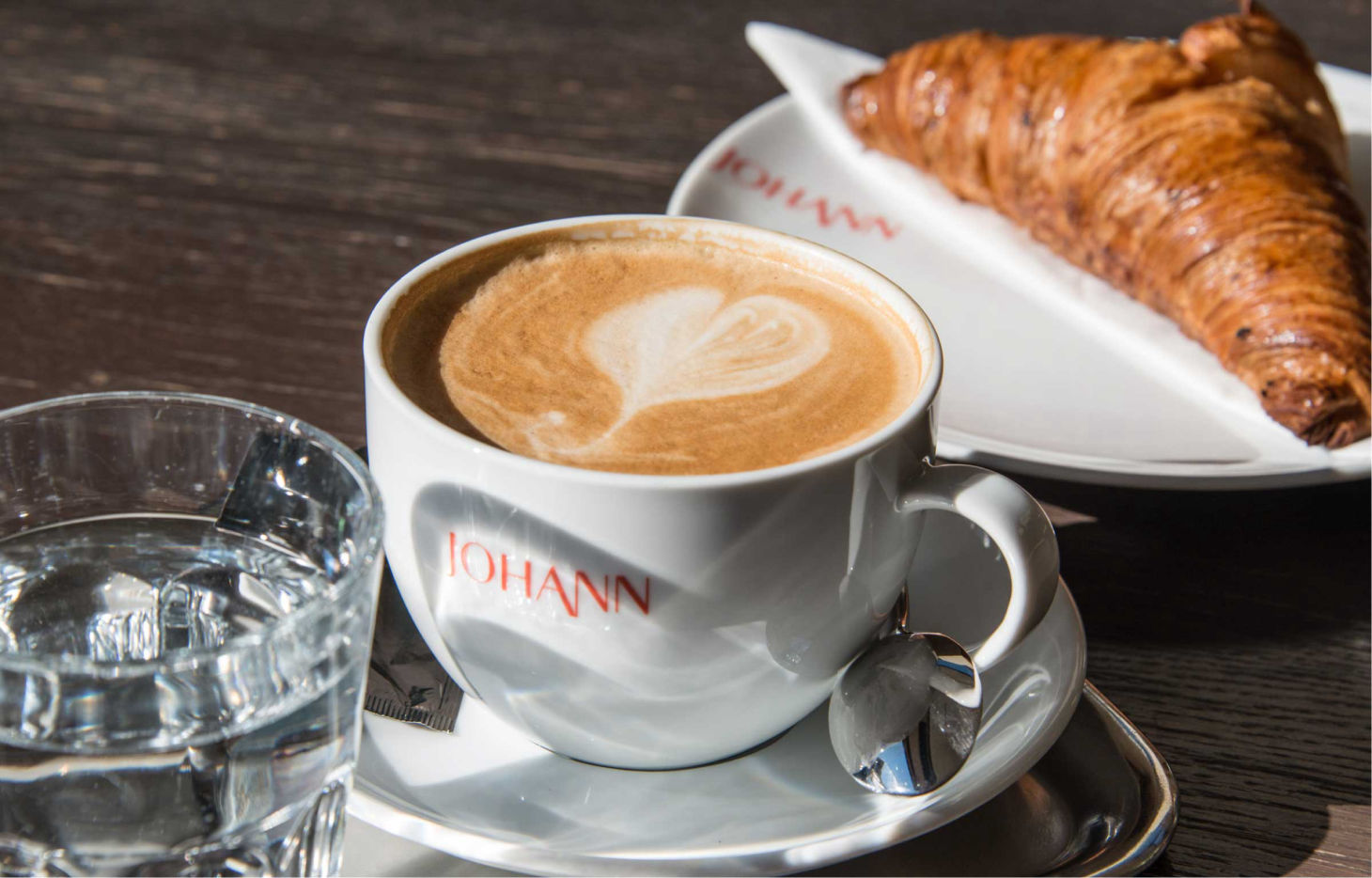 Johann - Cafe Bar